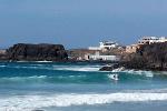 Surfer am Strand von El Cotill
